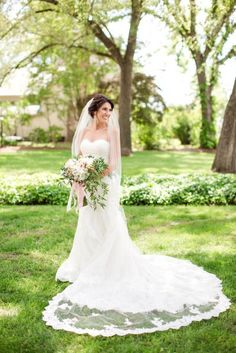 Beautiful dress and veil: http://www.stylemepretty.com/2015/04/21/rustic-chic-farmhouse-wedding/ | Photography: Katelyn James - http://katelynjames.com/