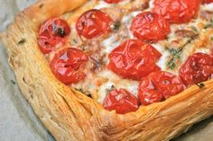 Tomato Tart with Goat's Cheese and Thyme