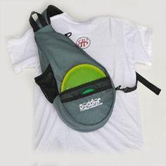 The Peddler - A messenger style sling bag for disc golf.
