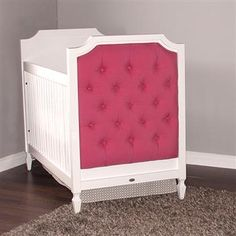 Newport Cottages Beverly Crib Tufted