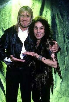 Nicko McBrain (Iron Maiden) and Ronnie James Dio (RIP) - Ronnie, diminutive in stature, not voice! One of the all-time best metal/rock vocalists, never to be imitated or replaced. Heavy Metal Rock, Heavy Metal Music, Heavy Metal Bands, Rock And Roll Bands, Rock Bands, Rock N Roll, Portsmouth, Metal Horns, James Dio