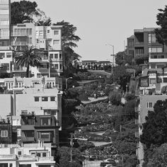 Living in San Francisco is incredible… even if you've seen the same setting many times, it still provides endless inspiration. #AyvaJewelry #StartYourStory #sanfran #california #cali #californialove #westcoast #bestcoast #love #home #favorite #forever #and #beautiful #street #inspire #inspiration #picoftheday #mine #likeforlike #architecture #building #blackandwhite #photography #photo #and #structural