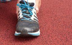 Se her, hvordan du kan snøre dine løbesko, så dufår bedre støtte,undgår skader og mere fart.