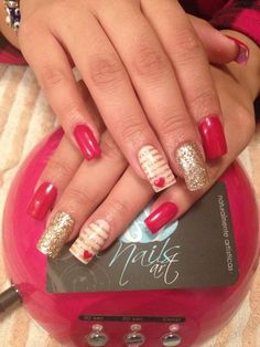 Not a fan of the shape, just the colors acrylic nails, red nails. Get Nails, Fancy Nails, Love Nails, How To Do Nails, Pretty Nails, Fabulous Nails, Creative Nails, Holiday Nails, Christmas Nails