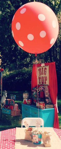 Vintage Circus Birthday Party Ideas | Photo 10 of 30 | Catch My Party