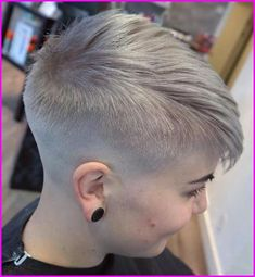 45 Inspiring Pixie Undercut Hairstyles The pixie undercut trend continues to be a favorite amongst women who love pixie. Few words enough to describe pixie undercuts; brave and full of fun. Pixie Cuts - October 13 2019 at Pixie Cut With Undercut, Short Pixie Haircuts, Girl Haircuts, Pixie Hairstyles, Short Hair Cuts, Pixie Cuts, Short Hair Styles, Men Undercut, Ponytail Styles