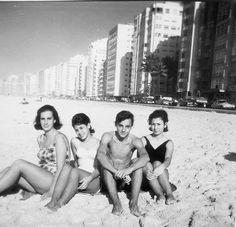 Fotos antigas do Rio de Janeiro - Praia de Copacabana - 1959