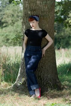 If you have always desired the Indigo Side Button Jeans with a 50s style,  narrower leg,  nows your chance ! With all the same details,  but a slimmer leg. , PLEASE CHECK THE SIZING PAGE.