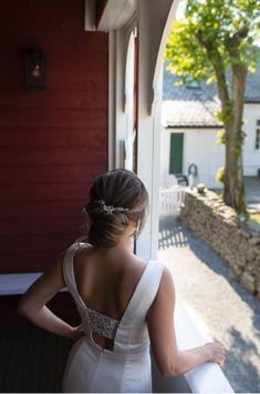 Bryllupslokale i Bergen på Øvre-Eide Gård Bergen, Eid, Backless, Dresses, Fashion, Vestidos, Moda, Fashion Styles, Dress