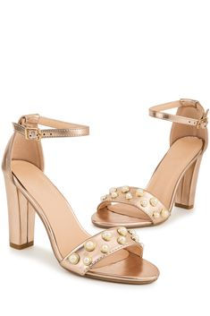62493dcb693 A(z) Shoes nevű tábla 51 legjobb képe   Fashion shoes, Beautiful ...