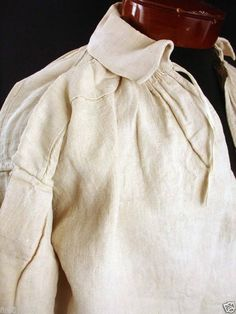 MEN'S THICK HEAVY FLAX LINEN SHIRT. Late 18th C. or early 19th C.