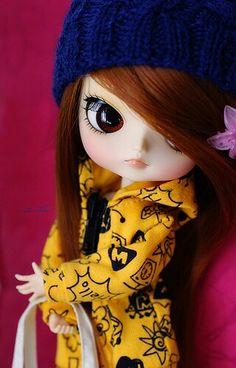 Comfy little Dal!!! Cute...O_