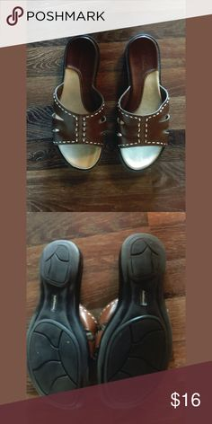 9a321fd1ae2 Leather sandals Leather sandals size 9 great condition croft   barrow Shoes  Sandals