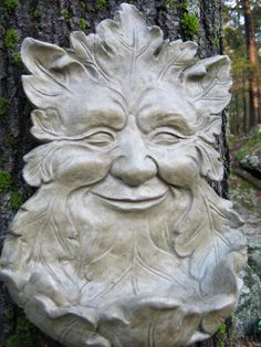 Green Man feeder, this is really a nice one.  Cheerful looking!