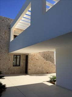 Open Air Kino, Doha, Beach House, Stairs, Architecture, Home Decor, Architects, Stone Fence, Brickwork