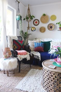 Reading Nook, Boho Decor, Blessings, Boho Chic, Accent Chairs, Art Ideas, Upholstered Chairs, Bohemian Decorating