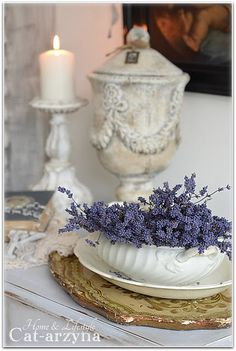 Dried lavender in an ironware bowl - gorgeous! Great for a small gravy boat.