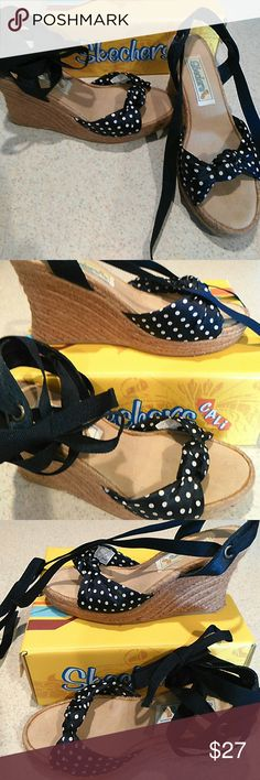 Skechers Cali 8 M wedge sandals Super cute Skechers wedges!  I have honestly never worn them, but I did buy them in a store, and it does look like they've been tried on and considered by a few ladies.  :)  Got them before I broke my ankle last year, so they're not an option for me anymore!  Someone please make them yours and give them the love they deserve!! Skechers Shoes Wedges