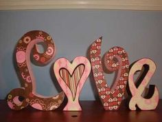 letras_love_relieve_3d_papel_pintado