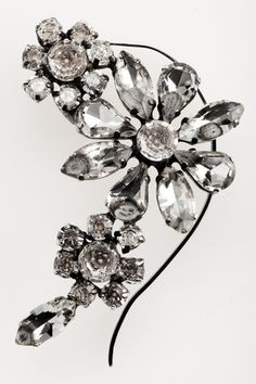 Flower Ear Cuff. via The Cools