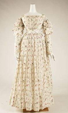 Cotton Dress, late 1820s at Met Museum