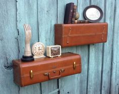 Suitcases repurposed as drawers in chests and cupboards. See the different ways the were used to integrate the suitcases in a natural way. The most common way is to use suitcases as drawer or storage compartment. Combine an old suitcase with other vintage Cute Suitcases, Vintage Suitcases, Vintage Luggage, Suitcase Shelves, Old Luggage, Samsonite Luggage, Vintage Display, Vintage Storage, Homemade Furniture