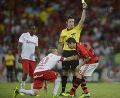 Fotos - CAMPEONATO BRASILEIRO 2013: FLAMENGO X INTERNACIONAL-RS - Gazeta Press