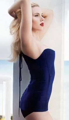 Esquire's $exiest Woman Alive. Scarlett Johansson.