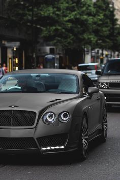 I want a Bently. My goal is to buy a Bently before i turn 25. Matte black is my favorite color. I love this car.