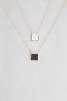 Wonderful Black Gold Jewelry For Beautiful Pieces Ideas. Breathtaking Black Gold Jewelry For Beautiful Pieces Ideas. Marble Necklace, Diamond Choker Necklace, Stone Necklace, Bar Necklace, Bling Bling, Black Gold Jewelry, Gold Jewellery, Jewellery Earrings, Jewelry Rings