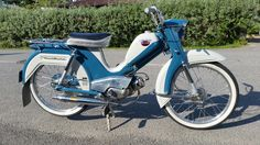Moped Scooter, Nostalgia, Motorcycles, Bike, Retro, Bicycle, Bicycles, Rustic, Motorbikes