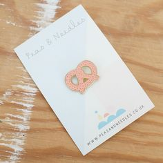 Pretzel pin badge