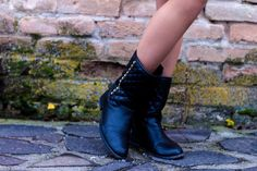 Čižmy Combat Boots, Shoes, Fashion, Moda, Shoe, Shoes Outlet, Fasion, Footwear, Zapatos