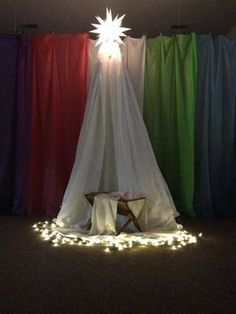 Children's Ministry Christmas Decorating Ideas- Children's Ministry Christmas Decorating Ideas. I would actually like to have something like thi. Ward Christmas Party, Christmas Pageant, Christmas Program, Church Christmas Decorations, Christmas Nativity, Christmas Crafts, Church Altar Decorations, Christmas Plays, Christmas Printables
