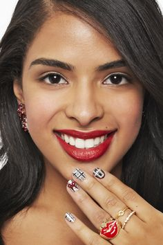 3 Super Cute Holiday Manis You Can Do Yourself! #Seventeen