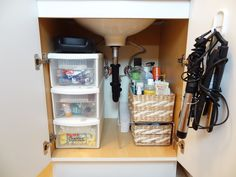 Home Organization: Tackling The Bathroom Cabinet
