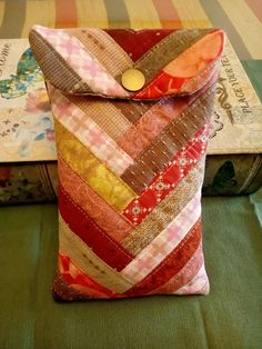 Patchwork Log Cabin, Boro, Couture, Fashion Backpack, Patches, Gift Wrapping, Quilts, Sewing, Crafts