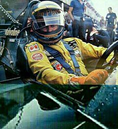 Ronnie Peterson. Monza 1978 ero lì al GP d'Italia quando il mio pilota preferito purtroppo mori.