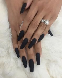 I'm sure you all recognize the ring by now 👀 lol @scheanamarie Matte BLVCK