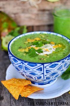 Avocado-Gurken-Gazpacho mit Koriander und Limette
