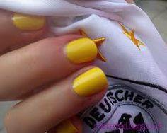 olé brasil - yellow nail polish