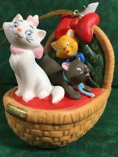 Disney's The Aristocats 2017 Dated Annual Porcelain Ornament! Grolier/E.M.