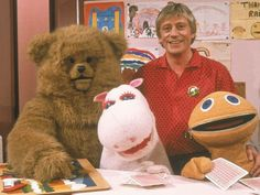 Everyone must remember the theme tune to this classic kids show. 'Up above the streets and houses, rainbows climbing high.' The TV series Rainbow was about Geoffrey who lived in the Rainbow house with his three puppet friends Bungle, Zippy and George, because lets face it that's what every middle-aged man dreams of!! The innuendos that we're used in this kids tv programme would of been completely missed by a child.