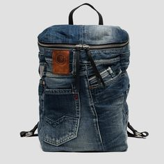 Recycled denim and leather backpack - Replay Mochila Tote, Mochila Jeans, Jean Backpack, Leather Backpack, Denim Handbags, Fashion Handbags, Backpack Pattern, Denim Crafts, Recycled Denim