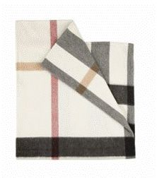 because every baby needs a burberry lovey. (and i'm not pretending for a second i wouldn't buy this if mike would let me. Designer Baby Blankets, Little Babies, Cute Babies, Cashmere Baby Blanket, Well Dressed Kids, Baby Towel, Little Fashionista, Baby Needs, Kid Spaces