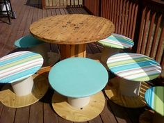 Sis' DYI deck furniture from spools!
