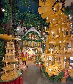 Käthe Wohlfahrt - Christmas Shops Germany - Christmas Shops around the World
