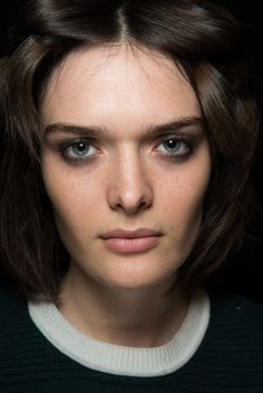 Burberry Prorsum - Fall 2015 Ready-to-Wear - Look 8 of 67