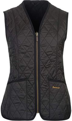 Best 12 Barbour Fleece Betty Liner Vest – Women's Blazer Vest, Vest Jacket, Quilted Jacket Outfit, Short Outfits, Clothes For Women, My Style, Jackets, How To Wear, Down Vest