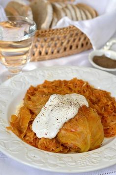 Töltött káposzta recept Hungarian Cuisine, Original Recipe, Cabbage, Food And Drink, Ethnic Recipes, Advent, Stuffed Pepper, Cabbages, Collard Greens